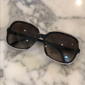 Chanel sunglasses. W/case